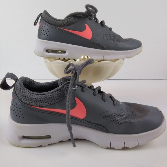 Nike Other - Nike air max Thea